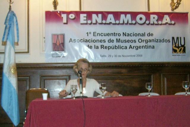 011 - Disertante Inés Barón de Stegmannn.