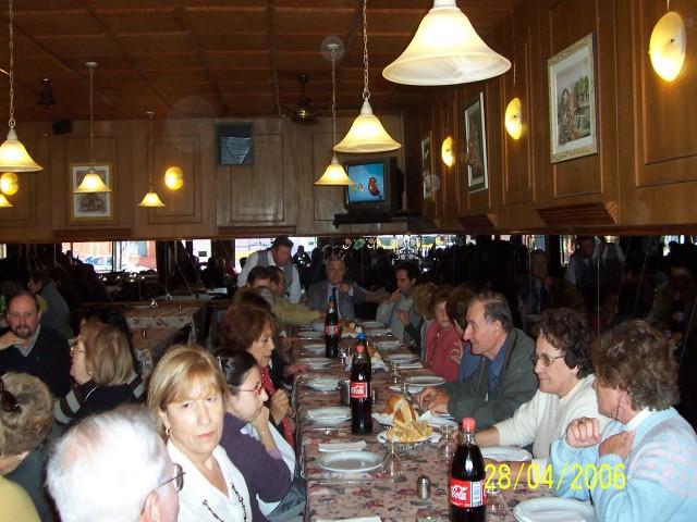 2007-04-28. ASAMBLEA EL TREBOL. Almuerzo.