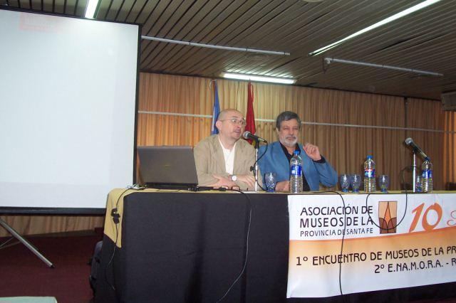 007 - Conferencia Raúl D Amelio. Coordinador Julio Rayón.