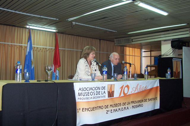 008 - Conferencia Eduardo Berberian. Coordinadora Olga Nazor