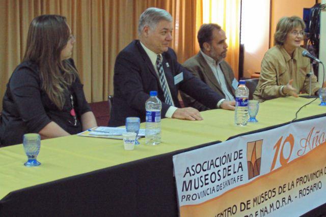 2009-11-08 - 2º E.NA.M.O.R.A. ROSARIO. Reunión constitutiva de Museos Argentinos Asociados. Alochis, De Lorenzi, Elicetche y Nazor.
