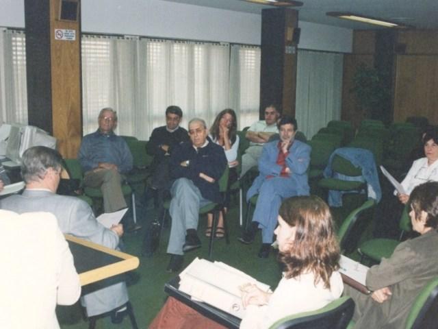 2001-04-27. CONSEJO DIRECTIVO. EL TREBOL. Deliberaciones.