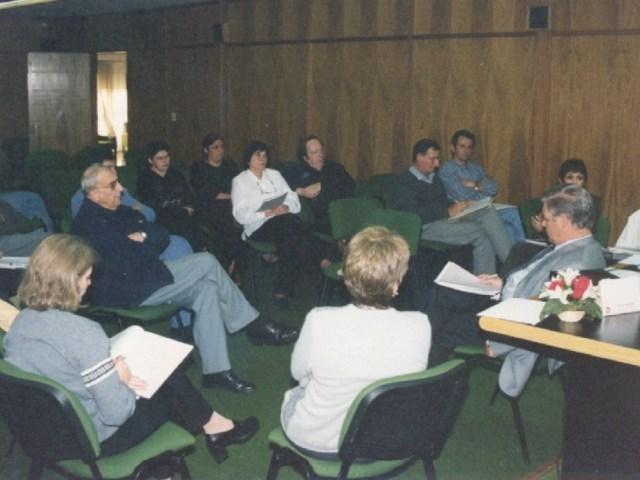 2001-04-27. CONSEJO DIRECTIVO. EL TREBOL. Informe de la Presidencia de la Asociación.