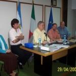 2006-04-29. ASAMBLEA. EL TREBOL. A. Vismara (Secretaria de Cultura de El Trébol), F. Almada (Intendente de El Trébol), E. De Lorenzi, H. Giovannini, M. Zaeta y D. Fontanesi
