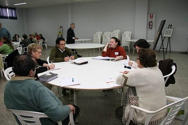 44 - Comisiones de trabajo