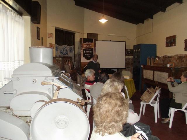 29-2011-10.14- M. I. DE TRIGO AL PAN. Roberto Lance