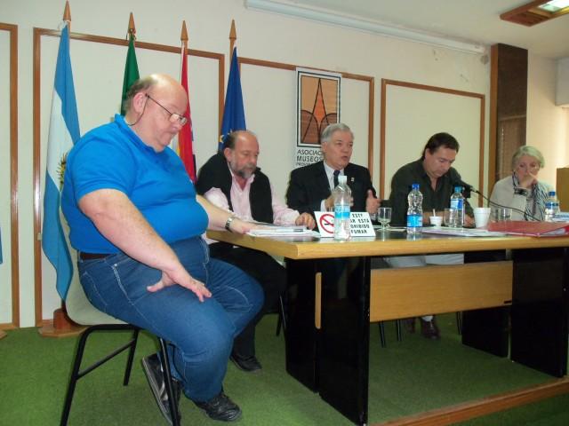 2012-4-23. INICIO ASAMBLEA. ZAETA, MAGNIN, DE LORENZI, FONTANESI Y SALUSSO