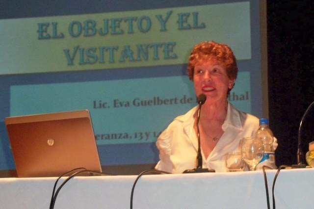 10 - Disertación Lic. Rosenthal. El objeto y el visitante.