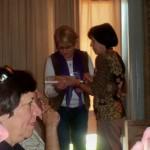 27 - Entrega de un Presente. Serdarevich y Biondi