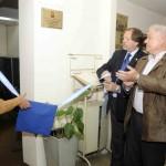 2013-03-16 - HOMENAJE DR. HAIEK. DESCUBRIMIENTO DE PLACA RECORDATORIA. MUSEO MEDICO STA. FE